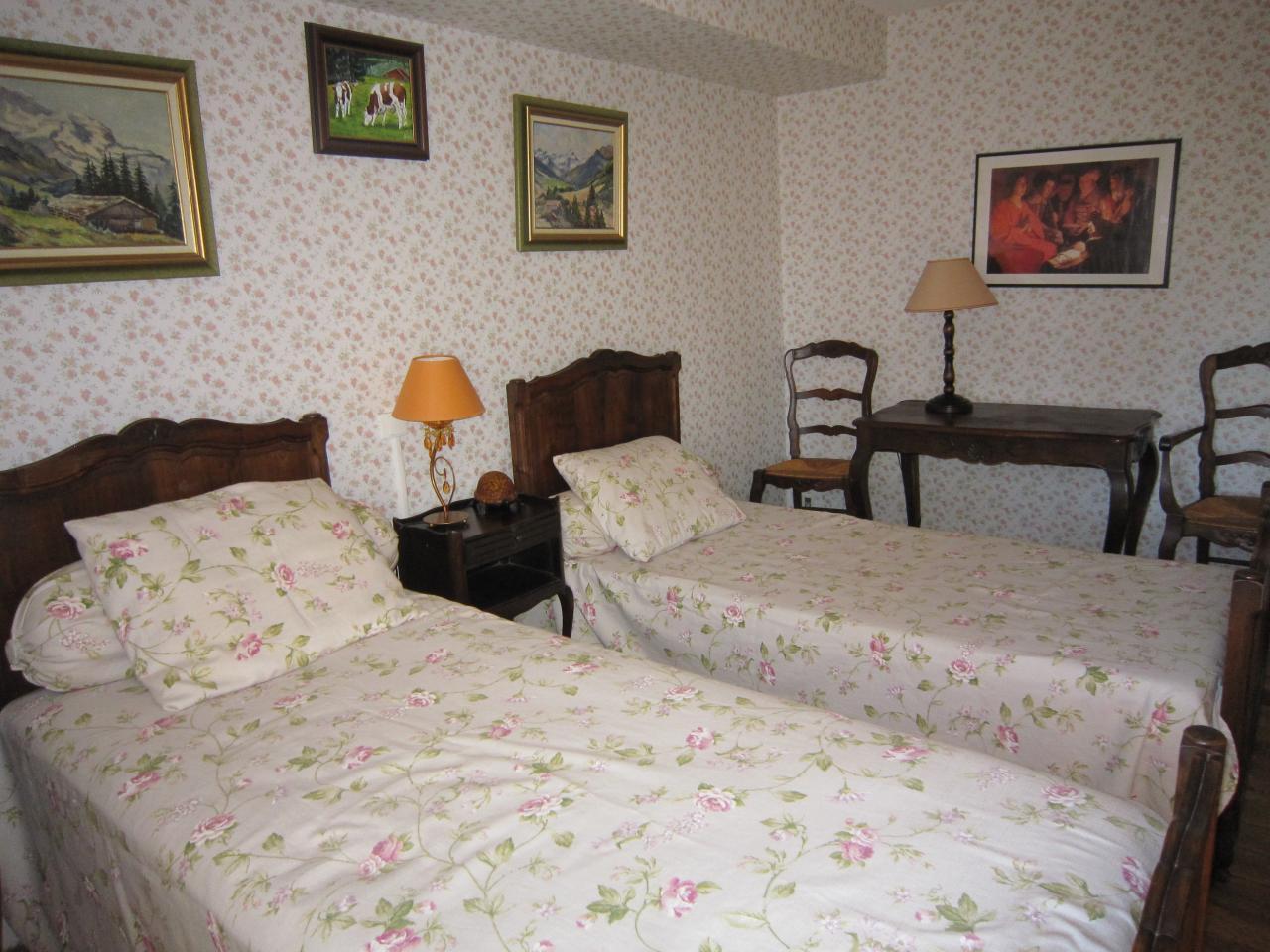 Deuxième étage-Chambre twin (2)