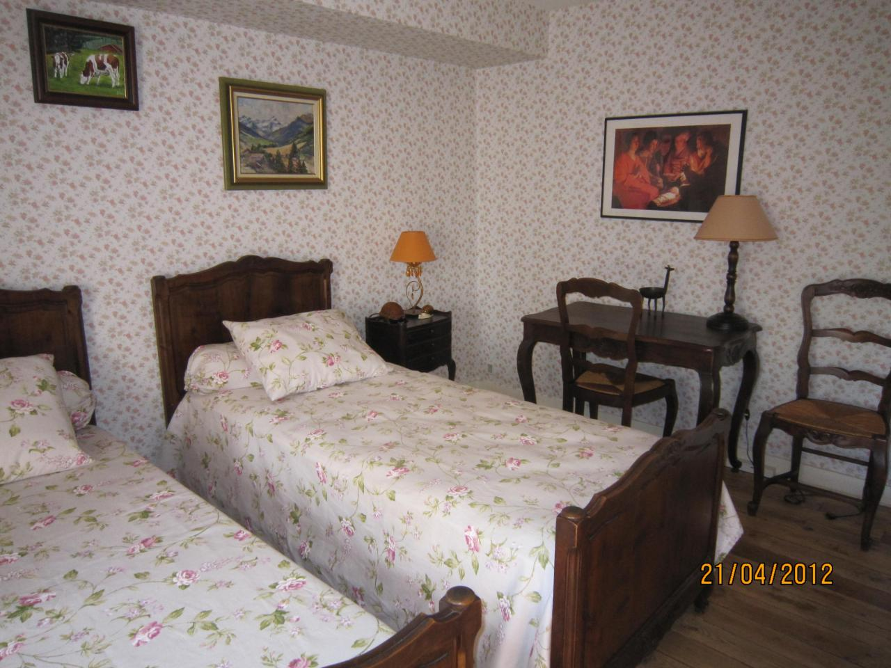Chambre twin 2ème étage
