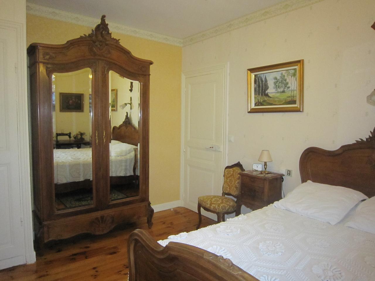 Premier étage-Chambre Louis XV (2)